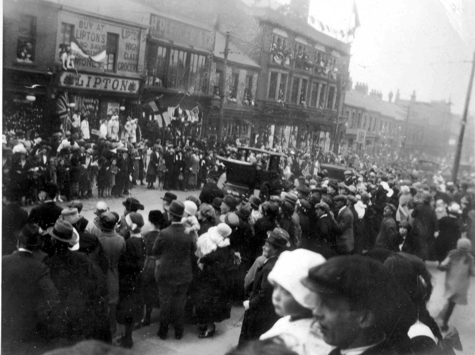 Prince of Wales (later Edward VIII) on Shields Road