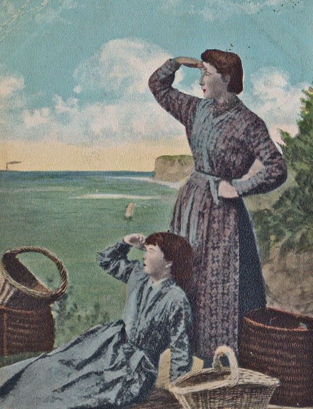 Postcard of Cullercoats fishergirls, published by Alexander Brash