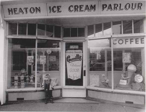 Heaton Ice Cream Parlour in the late 1980s