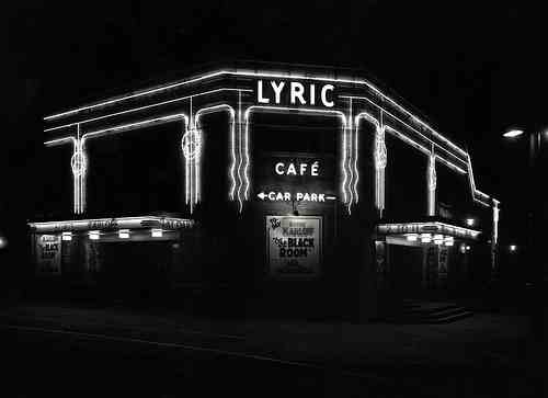 lyric cinema by night