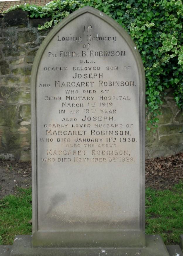Fred Robinson's gravestone