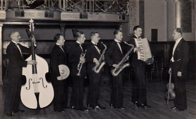 Al Moore's band at the Heaton, 1933
