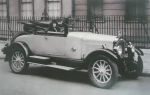Rachel Parsons in a Buick outside her house in London's Grosvenor Square, 1925