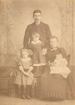 David and Isabella Wood with eldest children, Isabella, Helen & John, c1893