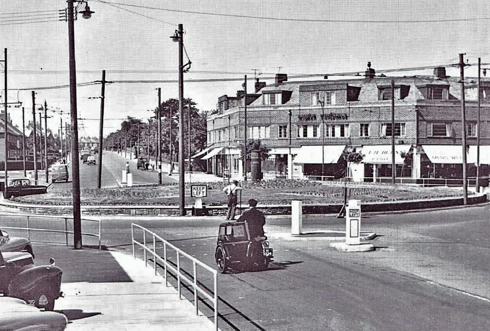 coastroadroundabout1955ed