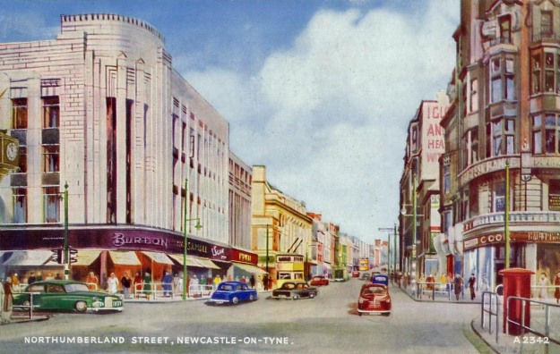 woolworths_northumberland_street_old_postcard_1935_resizeded